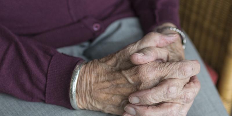 Oddziały geriatryczne leczą seniorów skuteczniej