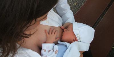 Mleko matki - najwłaściwszy pokarm dla niemowlęcia