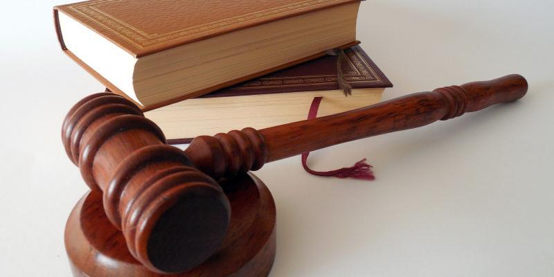 Rzecznik odpowiedzialności zawodowej oraz sąd pielęgniarek i położnych