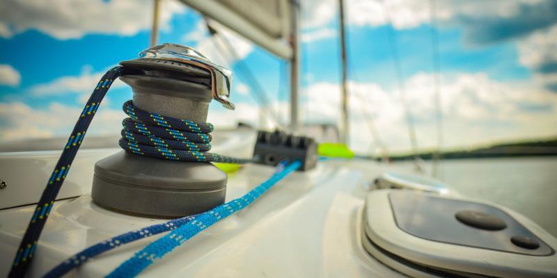 Karetki wodne na Mazurach pomogły tysiącom żeglarzy