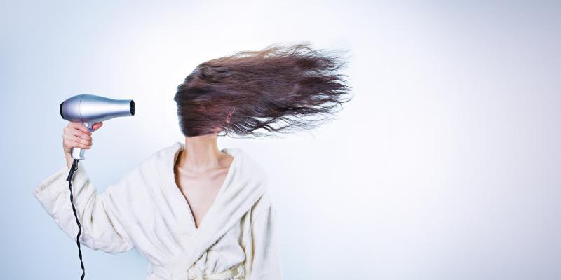 Golenie głowy pomaga w walce z wszawicą?
