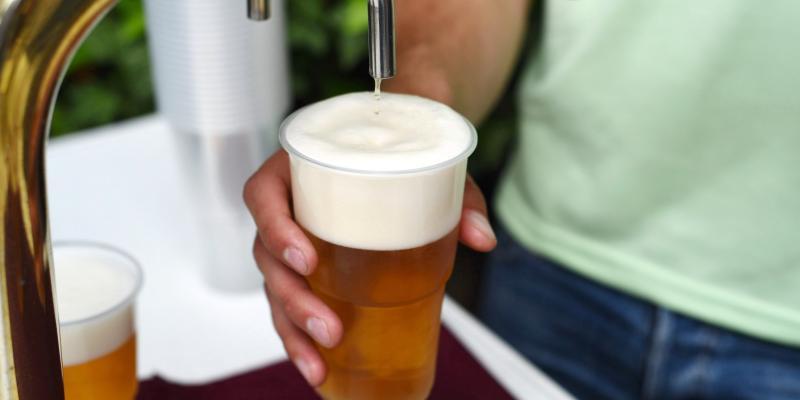 Co zrobić, żeby młody człowiek się nie upijał