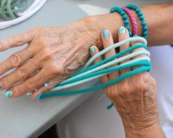 Pandemia: trudny czas dla osób z chorobą Parkinsona