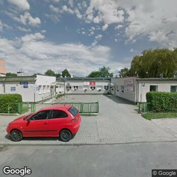 Widok z ulicy NZOZ Poradnia Opieki Hospicyjno-Paliatywnej