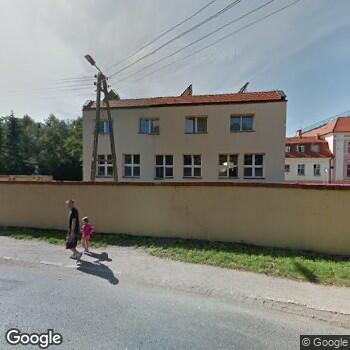 Widok z ulicy Zakład Opiekuńczo-Leczniczy dla Dzieci Prowadzony przez Zgromadzenie Sióstr św. Józefa