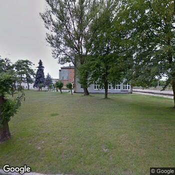 Widok z ulicy NZOZ Samarytanin Cichych Pracowników Krzyża w Głogowie