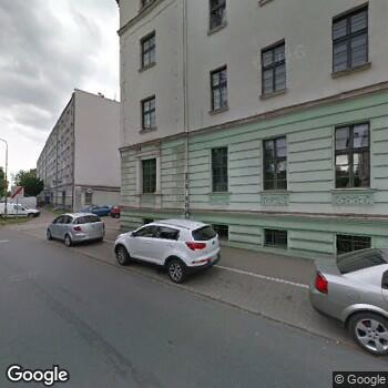 """Widok z ulicy Centrum Medyczne """"Medyk"""""""