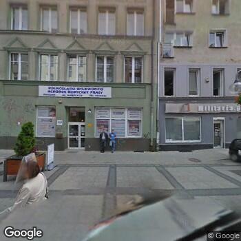 Widok z ulicy Dolnośląski Wojewódzki Ośrodek Medycyny Pracy