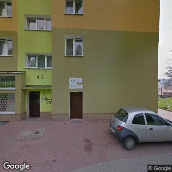 Widok z ulicy Gabinet Stomatologiczny Maria Kusaj-Tabor