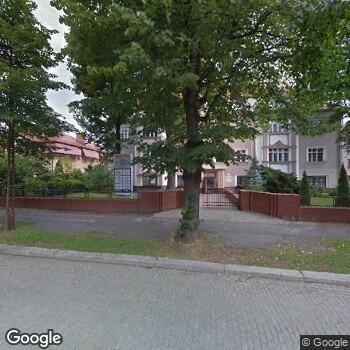 Widok z ulicy Prywatny Gabinet Stomatologiczny Leopold Rehan