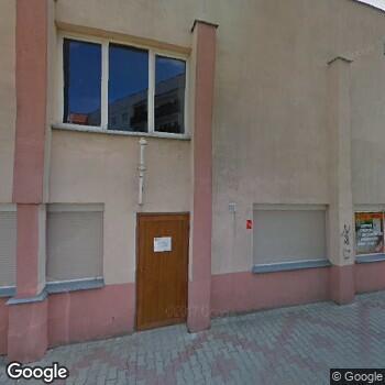 Widok z ulicy Prywatny Gabinet Stomatologiczny Szymon Siwiński