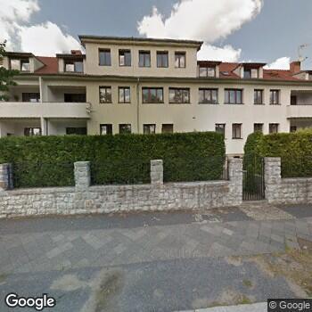 Widok z ulicy Zespół Opieki Zdrowotnej Caritas Diecezji Legnickiej