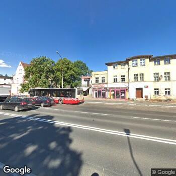 Widok z ulicy ISP Stomatologiczna Beata Adamczyk
