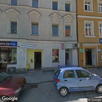 Widok z ulicy Gabinet Stomatologiczny Sergiej Żukow