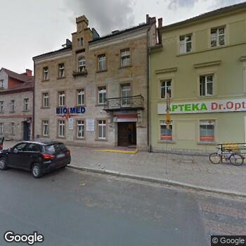 Widok z ulicy Centrum Specjalistyczne Biomed Borowscy