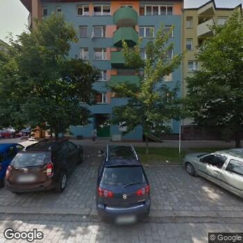 Widok z ulicy Prywatna Praktyka Stomatologiczna Jolanta Kozłowska