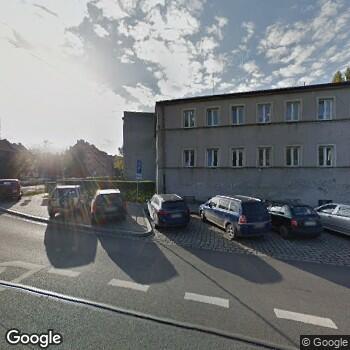 Widok z ulicy Gabinet Stomatologiczny Owczarek Małgorzata