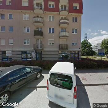 Widok z ulicy 4 Wojskowy Szpital Kliniczny z Polikliniką SPZOZ we Wrocławiu