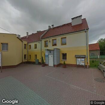 Widok z ulicy Gminny Ośrodek Zdrowia w Piotrowicach