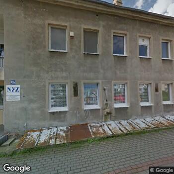 """Widok z ulicy NZOZ """"Eskulap"""""""
