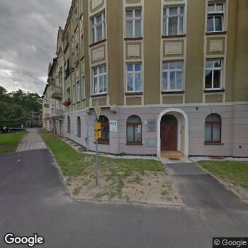 Widok z ulicy IPP Urszula Konikiewicz