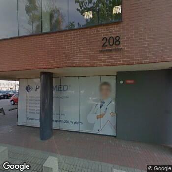 Zdjęcie z ulicy Kliniki i Laboratoria Medyczne Invicta