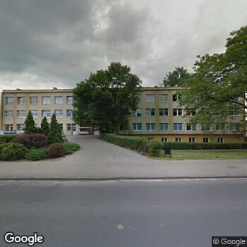 Widok z ulicy NZOZ Ośrodek Rehabilitacji Euro-Med