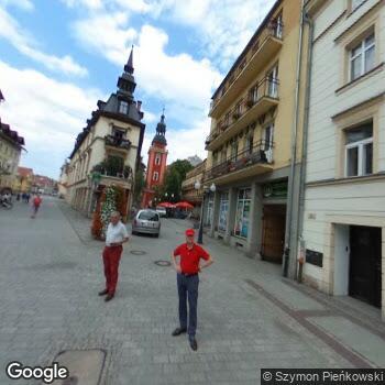 Widok z ulicy Uzdrowisko Cieplice - Grupa PGU