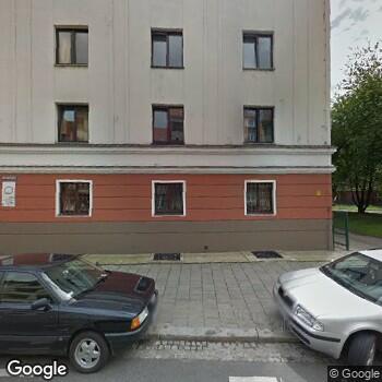 Widok z ulicy Janina Wodzińska Denta-Med
