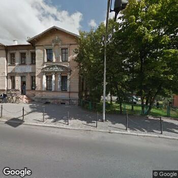 Widok z ulicy ISPL LekarzStanisław Świerad