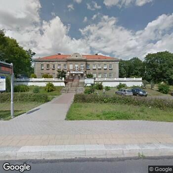 """Zdjęcie budynku NZOZ """"Śródmieście - Biały Kamień"""""""