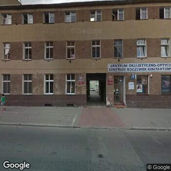 """Widok z ulicy Brygida Elias """"Okulus"""" Centrum Okulistyczno-Optyczne"""