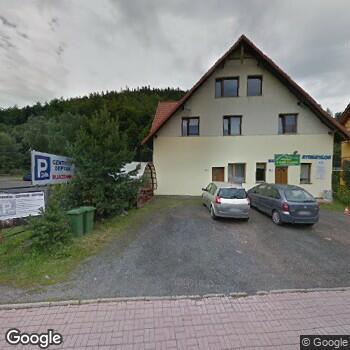 Widok z ulicy ISP Stomatologiczna Mirosława Goś-Słomka