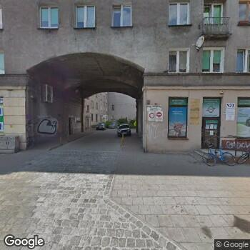 Widok z ulicy Iwona Siekierka Prywatny Gabinet Dentystyczny
