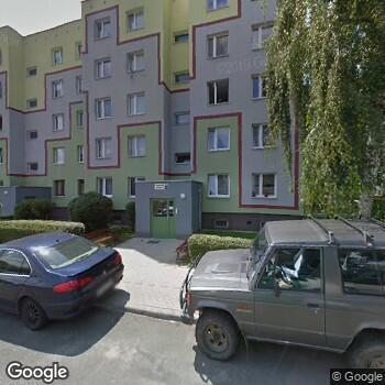 """Widok z ulicy """"Promadent"""" Centrum Stomatologiczne"""