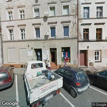 Widok z ulicy Prywatny Gabinet Stomatologiczny Włodzimierz Więcek
