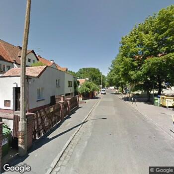 Widok z ulicy Tulident Centrum Stomatologii Estetycznej i Ortodoncji