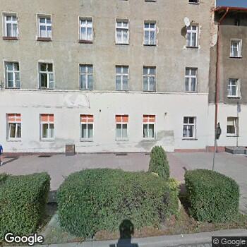 Widok z ulicy Prywatny Gabinet Stomatologiczny Iwona Szajdecka-Słaby