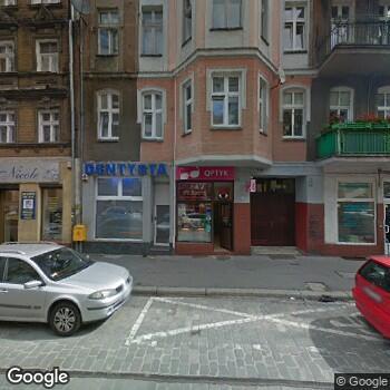 Widok z ulicy Otto-Prodent Ewa Staniszewska