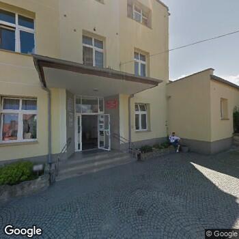 Widok z ulicy Wojewódzki Szpital Psychiatryczny w Złotoryi