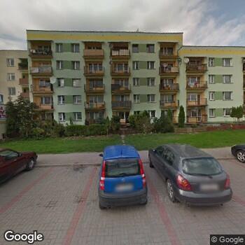 Widok z ulicy ISP Stomatologiczna Iwona Garniewska-Urban