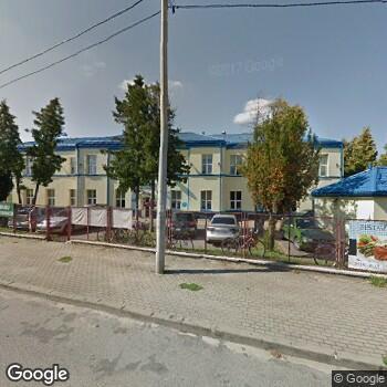 Widok z ulicy Centrum Medyczne Hansa