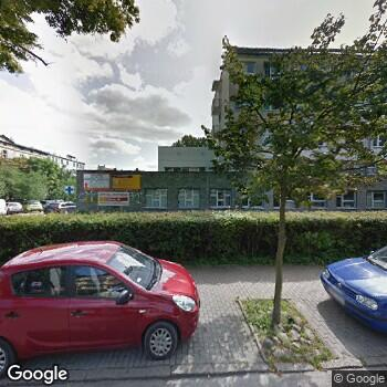 Widok z ulicy SPZZOZ Miejska Stacja Pogotowia Ratunkowego z Przychodnią w Sopocie