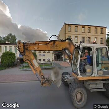 """Widok z ulicy Niepubliczny Zakład Opieki Środowiskowej i Promocji Zdrowia """"Vesta"""""""