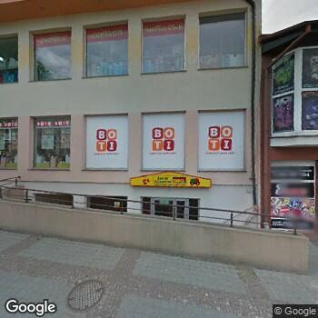 Widok z ulicy Centrum Medyczno- Rehabilitacyjne Katarzyna Dymek