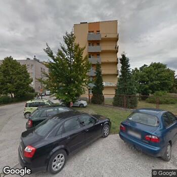 Widok z ulicy Zespół Opieki Zdrowotnej we Włoszczowie - Szpital Powiatowy im. Jana Pawła II