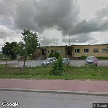 Widok z ulicy Zespół Ośrodków Zdrowia w Górnie