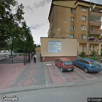 """Zdjęcie budynku NSZOZ """"Eskulap"""" w Ostrowcu Świętokrzyskim"""