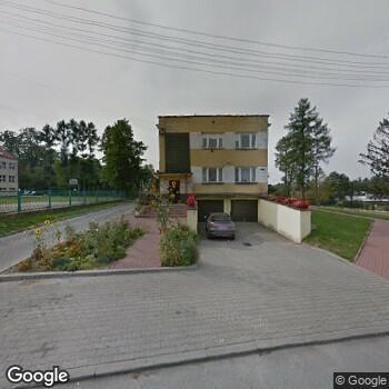 """Widok z ulicy Centrum Medyczne """"Zdrowie"""" w Kielcach"""