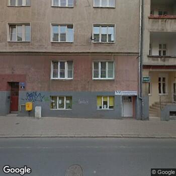 Widok z ulicy NZOZ Centrum Odwykowo - Terapeutyczne Aniela Wiesława Grudzińska, magdalena Gałeczka